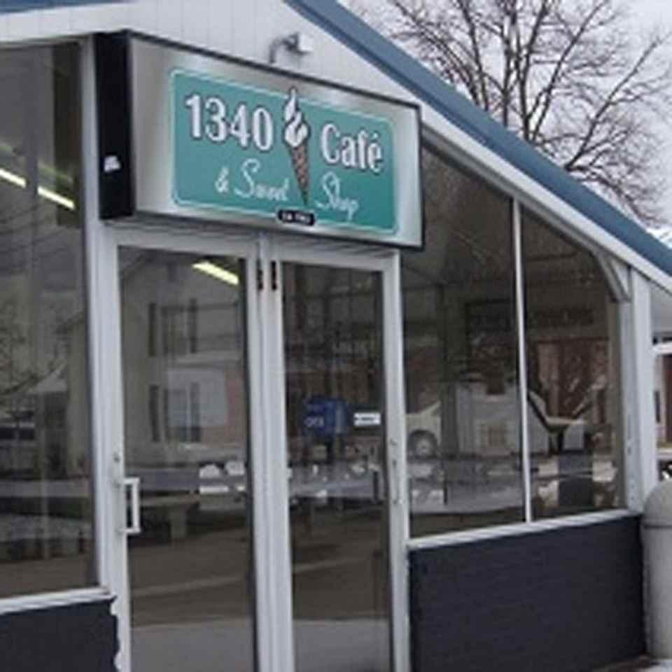 1340 Café & Sweet Shop
